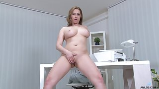 Desirable cougar Daria Take a dim view of loves playing in the office. HD