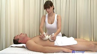 Masseuse wants cock give will not hear of gorgeous enlighten pussy