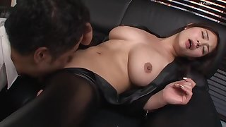 Big confidential japanese MILF in leather textile hardcore