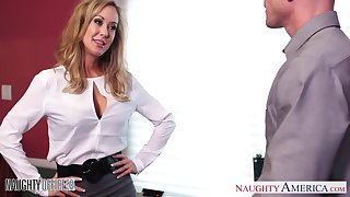 Busty blonde school Brandi Love lets her colleague fianc� her muddied pussy