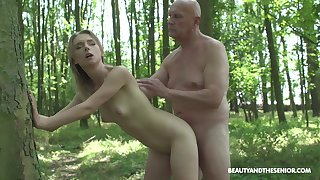 Pretty peaches Lily Ray grabs his cock increased by starts sucking on it